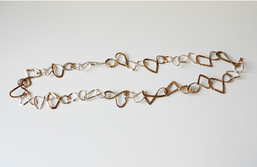 Necklace-Infinity-in-silver-and-bronze