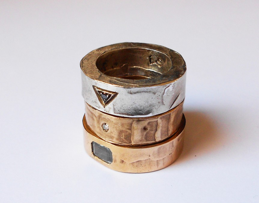 Ring-Rectangle-in-silverbronze-wod-inlay-and-stones